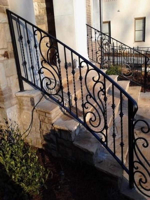 Corrimão de Ferro Escada Tremembé - Corrimão de Ferro para Escada Externa