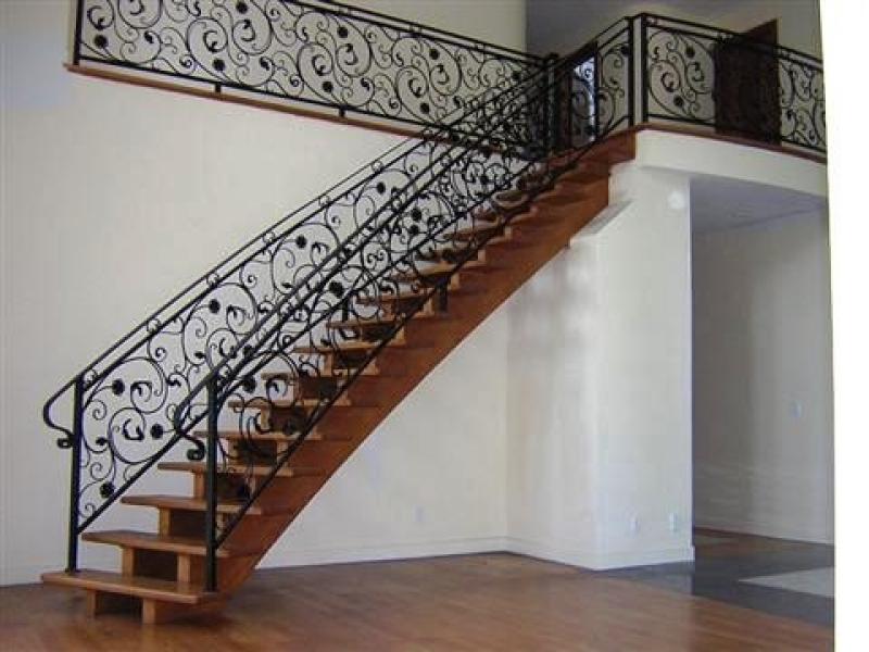 Encomenda de Corrimão de Ferro para Escada Interna Jardim Santa Helena - Corrimão de Ferro para Escada Externa