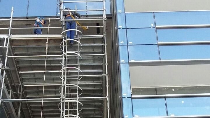 Escada Marinheiro Jardim Guedala - Escada de Aço para Empresas